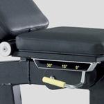 Vizuálne značky nastaviteľnej lavičky Technogym