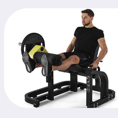 Tréning na stroji Leg Extension